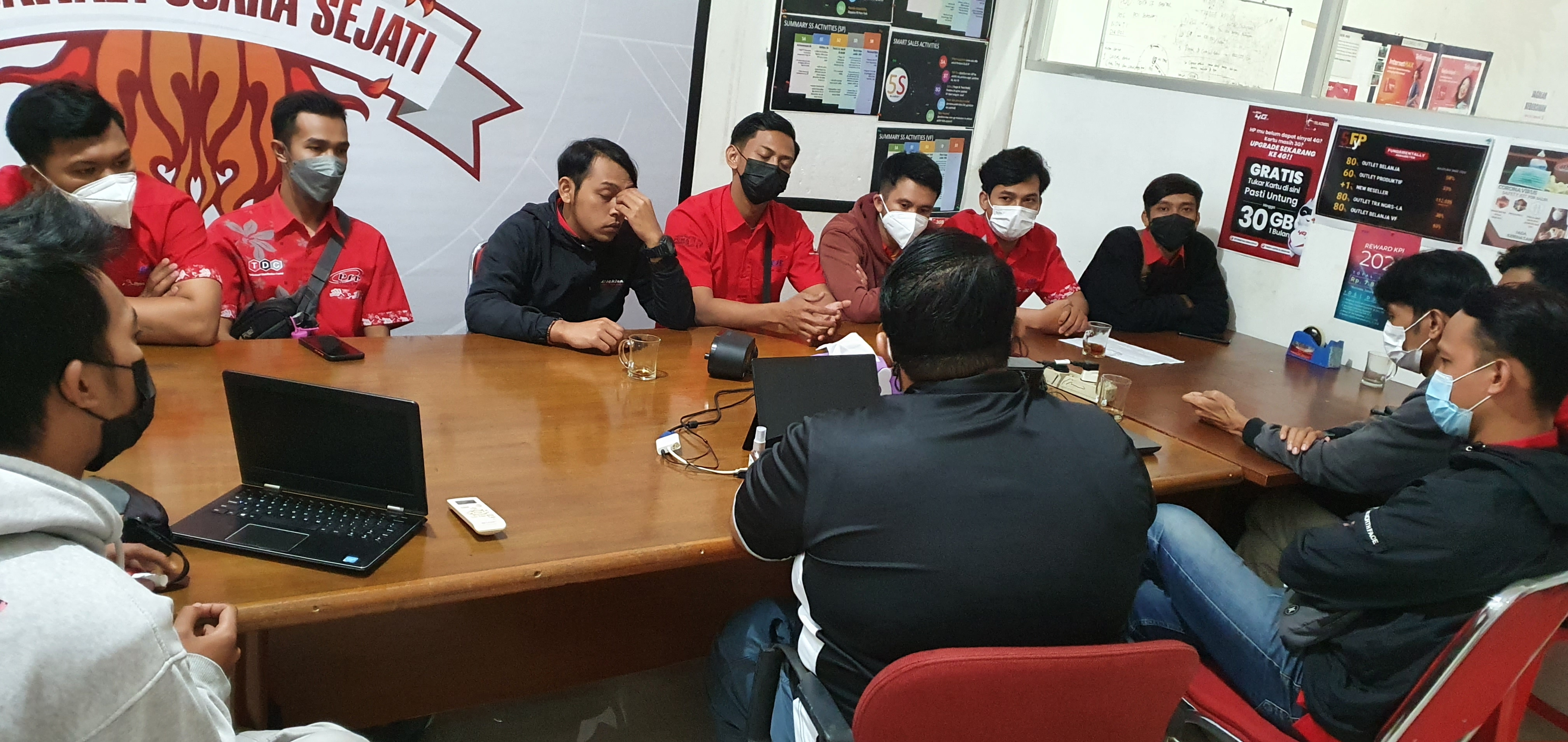 BC Outlet Temanggung with Manager Branch Jogja